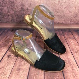 Free People Korine Cow Hair Flat Sandals Sz 8 s176